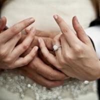 چرا ازدواج سخت شده
